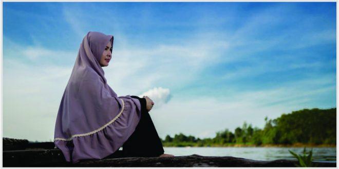 jilbab pakaian syari yang dipakai di tempat umum